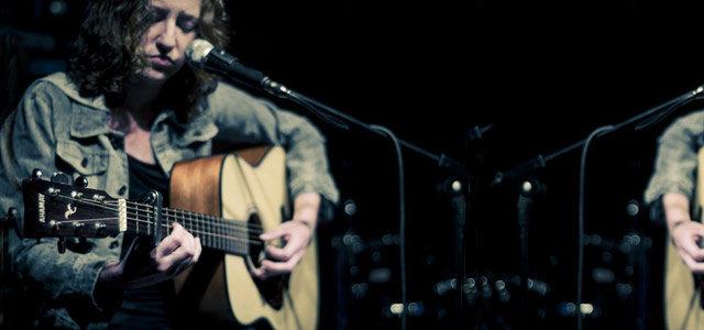 唱情歌的人