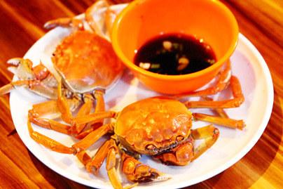 烤虾 湛江碳烤生蚝 碳烧扇贝 贝类拼盘 香酥九肚鱼 海鲜粥 蚝油西兰花