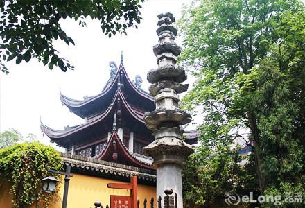 酒店地处杭州西湖风景区