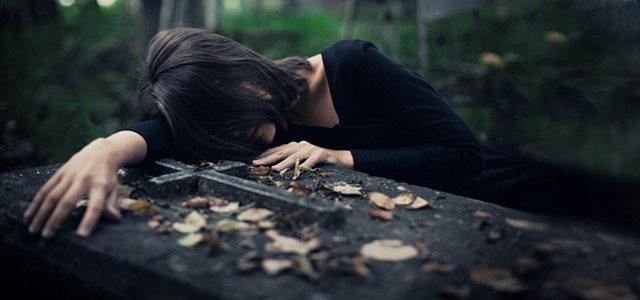 把悲伤留下 是太爱你还是恨自己